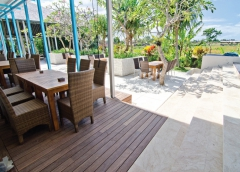 dřevěná terasový prkna Jaya - realizace 1