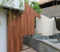 Dřevěná terasová prkna Jaya - realizace 2
