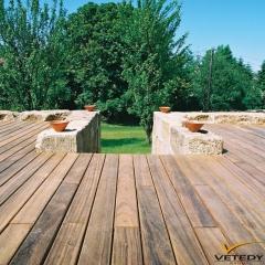 Dřevěná terasa z tropického dřeva