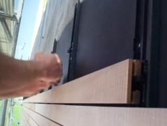 Dřevěná fasáda - nasazení prkna na klip Techniclic