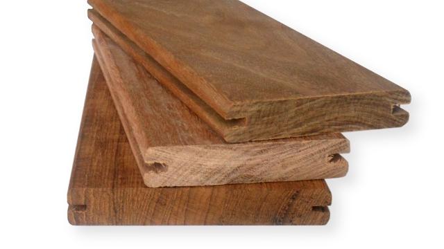 Dřevěné terasy - terasová prkna s boční drážkou | Fasády & Terasy s.r.o.
