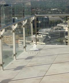 Hotová terasa z dlažby na terčích BUZON