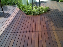 Dřevěná terasa Softline na terčích Buzon