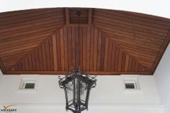 Dřevěné obložení stropu z prken Merbau Softline