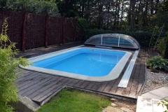 WPC terasa kolem bazénu z wpc desek Likewood 23 (odstín ořech)