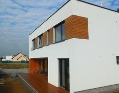 Realizace dřevěné fasády z thermoborovice 19x117 mm