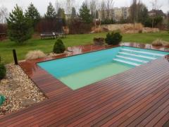 Dřevěná terasa kolem bazénu, Softline Ipe (Lanškroun)