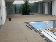 Z realizace dřevoplastové terasy