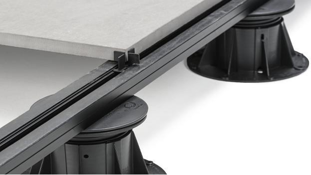 Rektifikační terče pod dlažbu BUZON | Fasády & Terasy - U-BRS kolejnicový systém